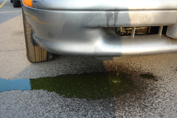 WHAT TO DO WHEN YOUR VEHICLE IS LOSING COOLANT